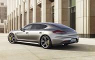 Обновлённый Porsche Cayenne 2015