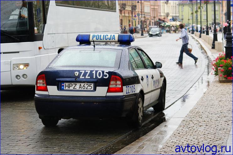 1315133325_poland-policia