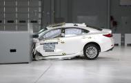 IIHS тестирует Lexus ES 350