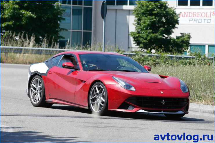 ferrari-f12-berlinetta-m-spy-photo-4