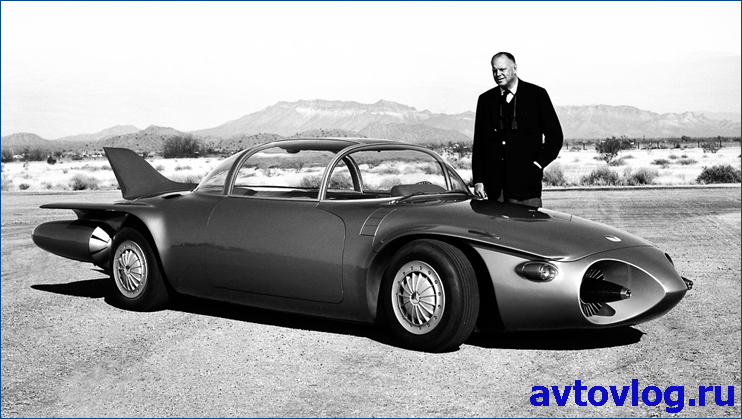 Harley J. Earl and the 1956 Firebird II Concept