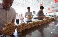 Китаец расплатился четырьмя тоннами монет за новоприобретенный БМВ